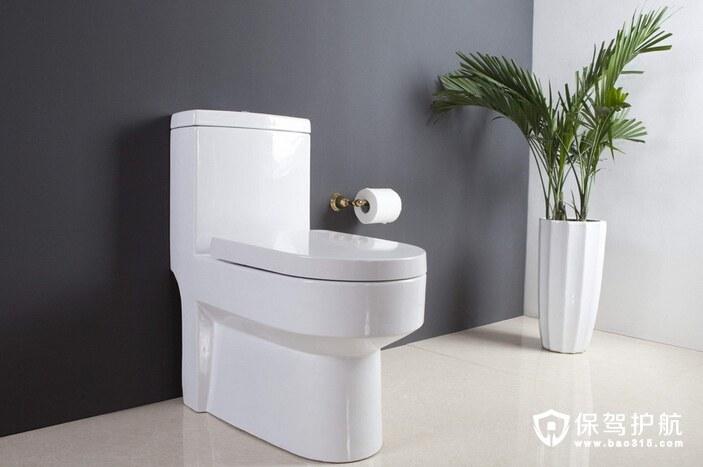发布时间: 2017-03-10 收藏 20人已浏览 家庭装修中卫生间的装修也是一大工程。不像客厅卧室那样的宽阔,卫生间窄小却功能繁多,因而卫生里的家具选择也是很重要的。马桶作为卫生间里的重要家居用品,在选择上也要斟酌一下。那么,你知道马桶刷有哪些分类吗?我们又该如何选购呢?