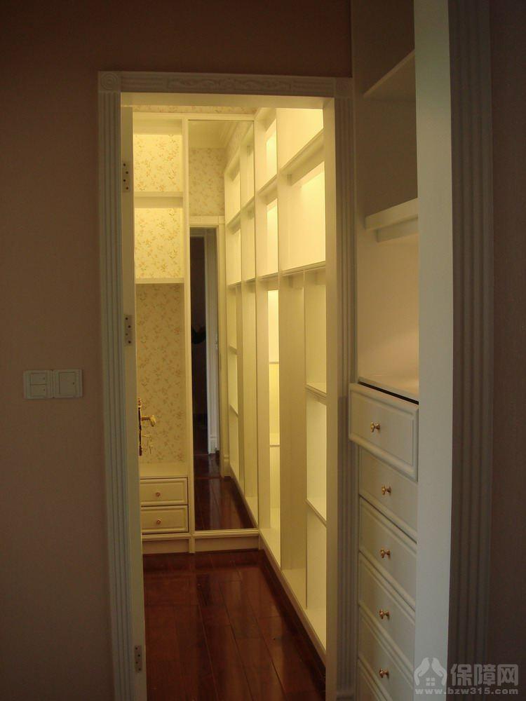 面积: 0平方米风格: 小区: 自建别墅户型: 普通住宅,0室,0厅,0卫预算