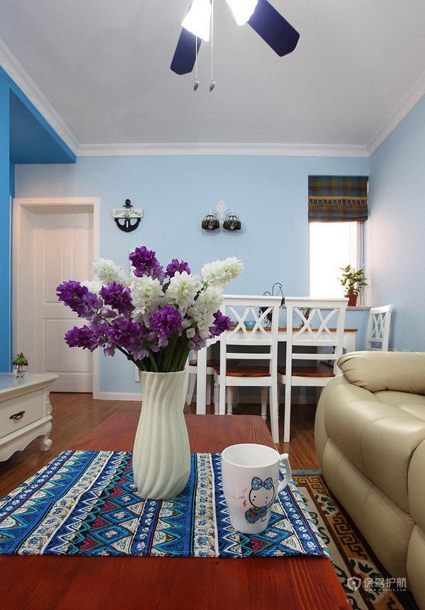 摩洛哥风格两室一厅客厅天蓝色墙面装潢效果图
