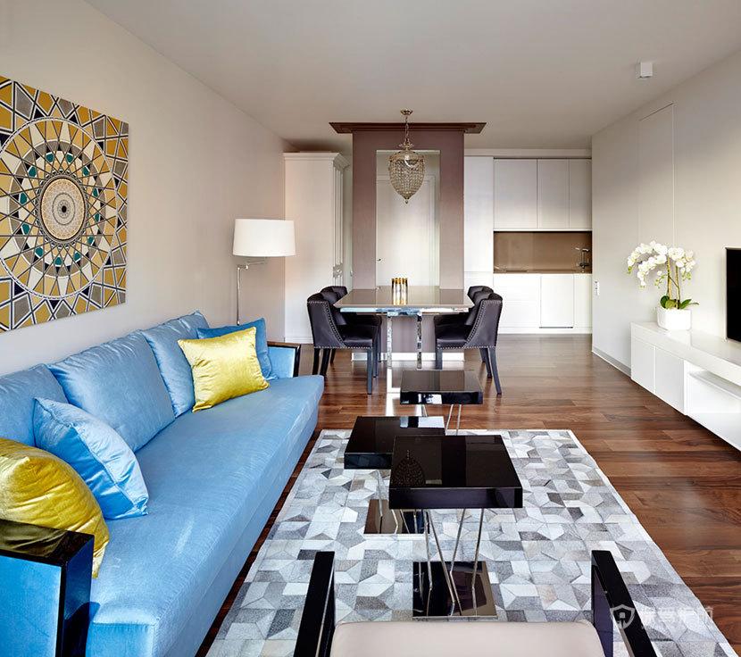 功能与高雅并存 52平米小公寓装出100平米视觉空间