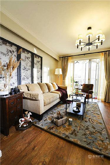 美式混搭温馨公寓客厅装修效果图