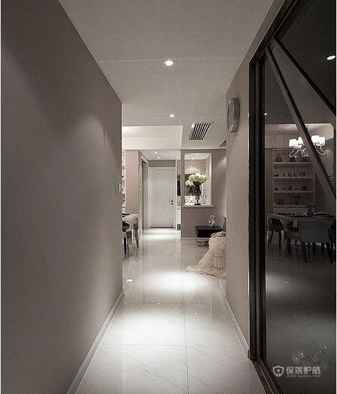 四室两厅简约风格玄关装修效果图