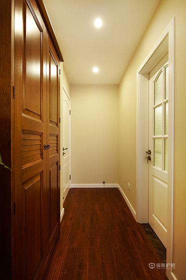 欧式风格三室一厅过道门搭配效果图