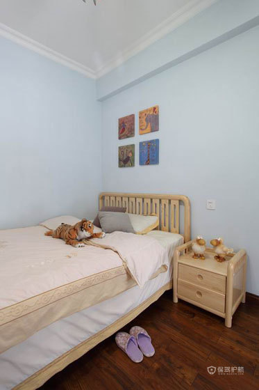 宜家简约风格公寓卧室软装搭配效果图