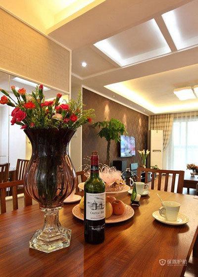 空间大利用 85㎡简约婚房 ,简约风格,现代简约风格,婚房装修,小户型装修,80平米装修,餐桌