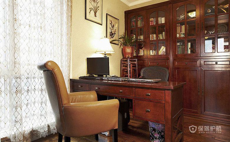 这就是书房啦,糖果爹总是一本正经的在这上网,哈哈,搬过来的书目前还没看他翻过