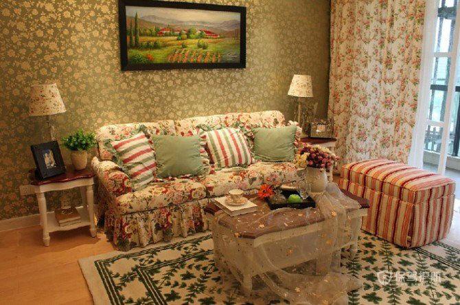 欧式田园风格三室一厅10平米客厅碎花墙纸效果图