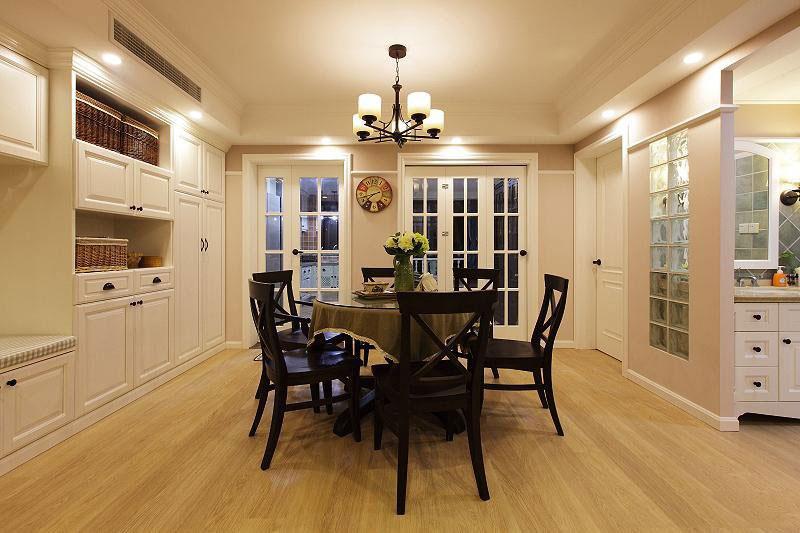 温暖舒适的新家 127平简约美式三居 ,三居室装修,简约风格,美式风格,舒适,120平米装修,餐厅,餐厅灯