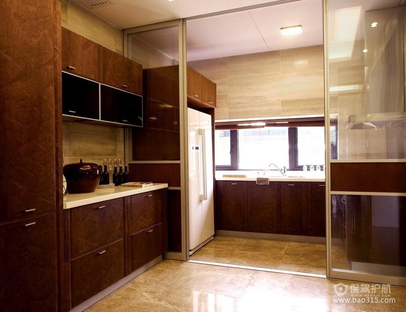 90平二居室欧式风厨房隔断门装修效果图