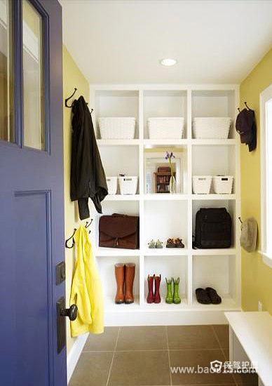 嵌入式的简约鞋柜绘制生活气息