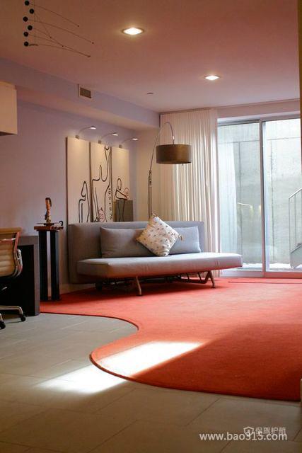 个性地毯染红简洁客厅空间