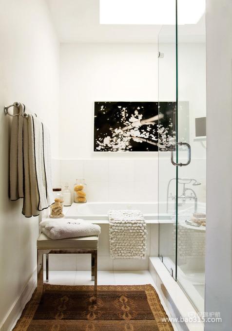 现代简约浴缸淋浴房隔断装修效果图