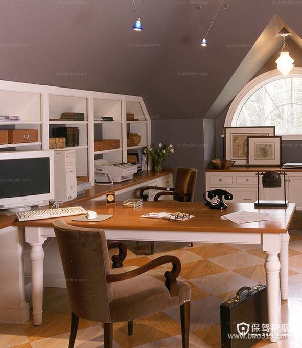 大空间早就了实用型的书房
