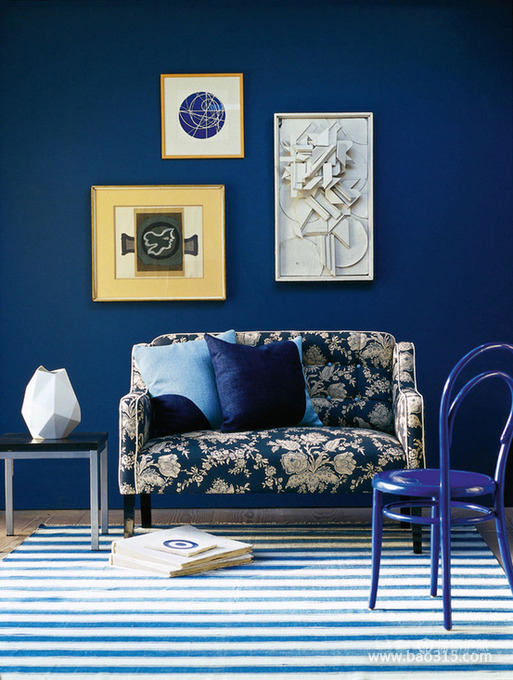 情迷的蓝色客厅装修效果图