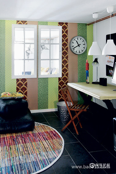 拼接墙纸贴出丰富的书房设计
