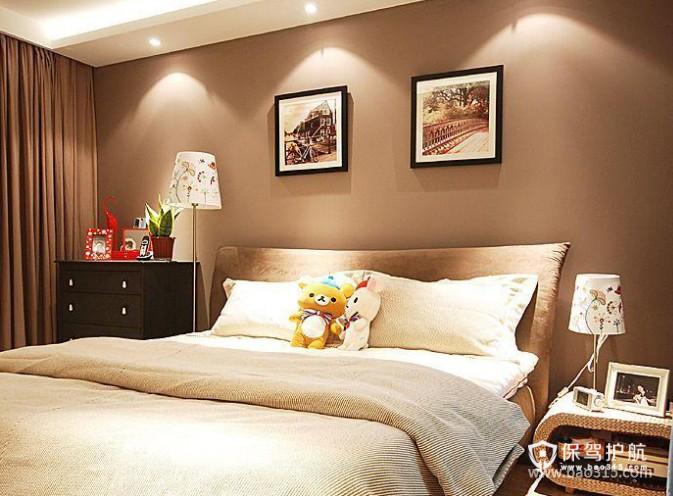 90㎡小户型现代风格卧室背景墙装修效果图-现代风格床头柜图片
