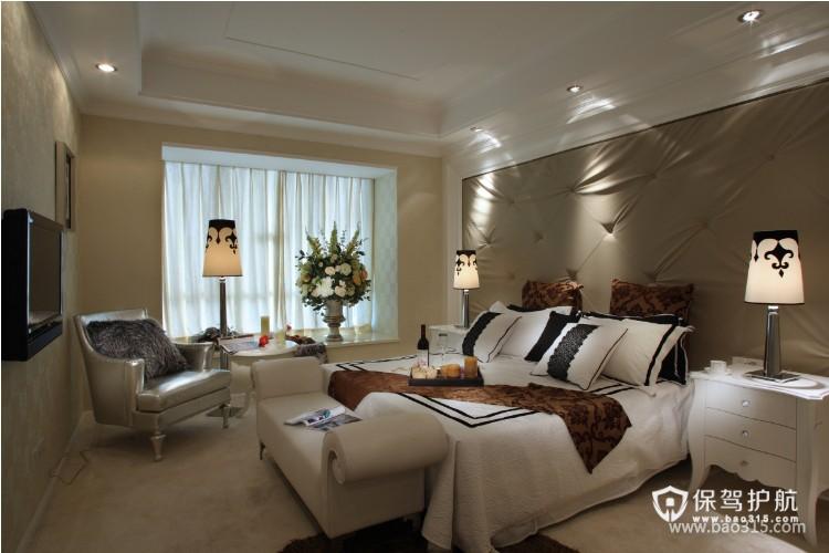 100㎡二居室欧式风格卧室背景墙装修效果图-欧式风格床尾凳图片