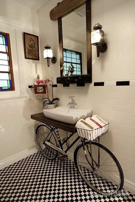 创意卫生间装修设计,别出心裁的自行车式浴室柜