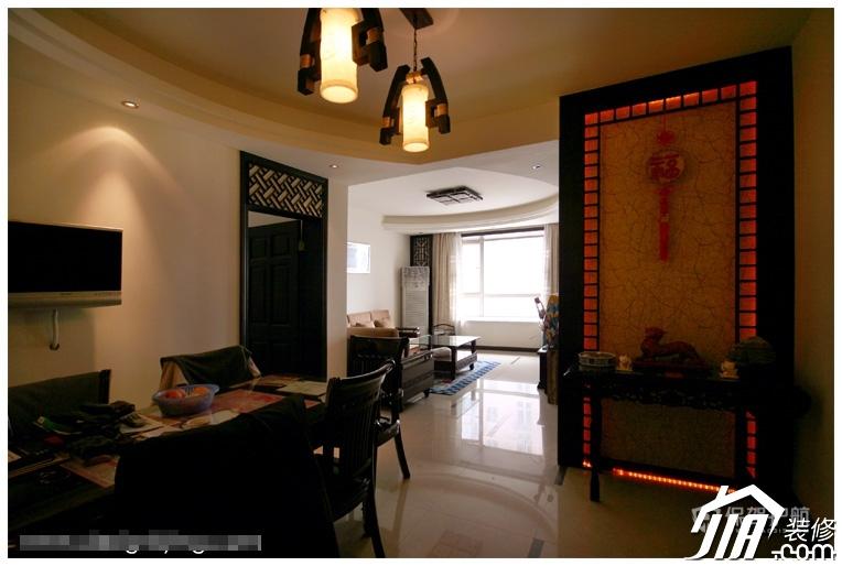 三室一厅70平中式风格客厅装修效果图