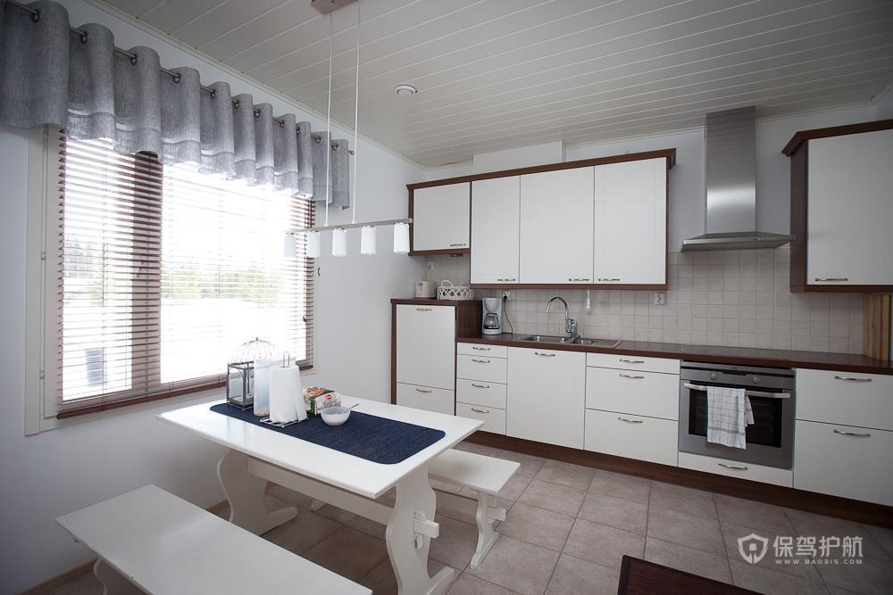 简约风格三室一厅20平米厨房橱柜效果图