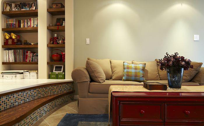 亲近纯美自然 温馨简约两居室