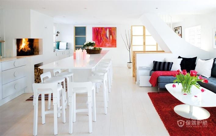 纯白色的空间在红色地毯和红色壁画的陪衬下少了单调感。