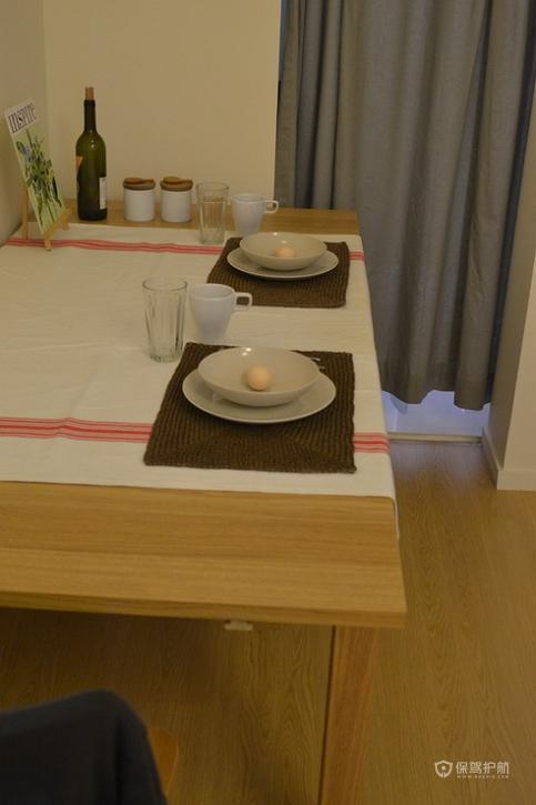日式风格公寓餐厅软装效果图