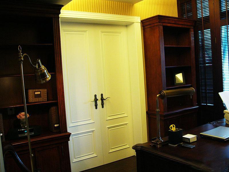古典风格别墅40平书房装修效果图