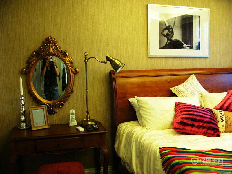 三室两厅复古风格20平卧室精美装修效果图