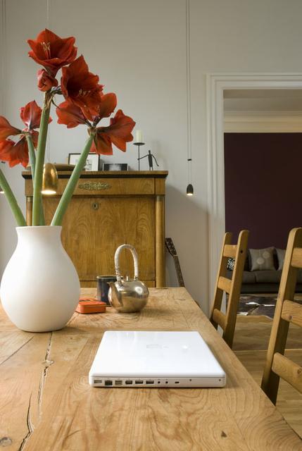 现代风格三室两厅经济型户型客厅实木…