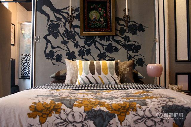 三室一厅混搭风格卧室背景墙壁纸效果图