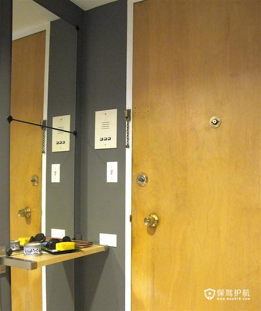 色彩的碰撞 暖色调打造简约精致二居室