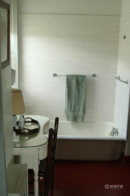 简约三居室卫生间装潢效果图