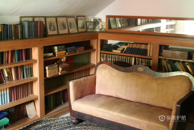 美式四室两厅简约书房装修效果图