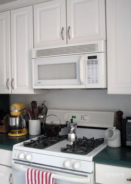 90平一居室清新简约公寓厨房装修效果图
