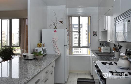 简约富裕二居 享受简单舒适生活 二居室装修,富裕型装修,简约风格,海外家居,厨房,白色,简洁,橱柜