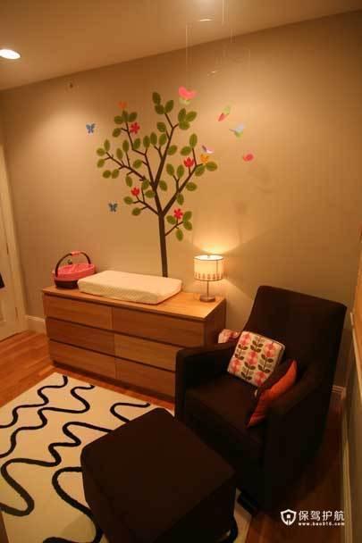 裸色儿童房 给孩子一个自然舒适小空间 小户型装修,公寓装修,70平米装修,简约风格,海外家居,儿童房,边柜,墙贴