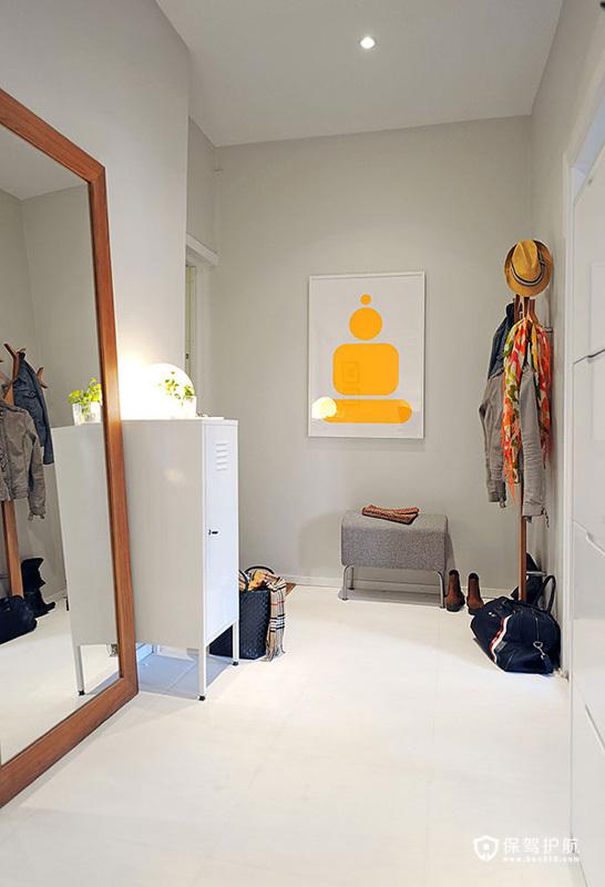 创意装饰画巧搭灯具 时尚瑞典公寓