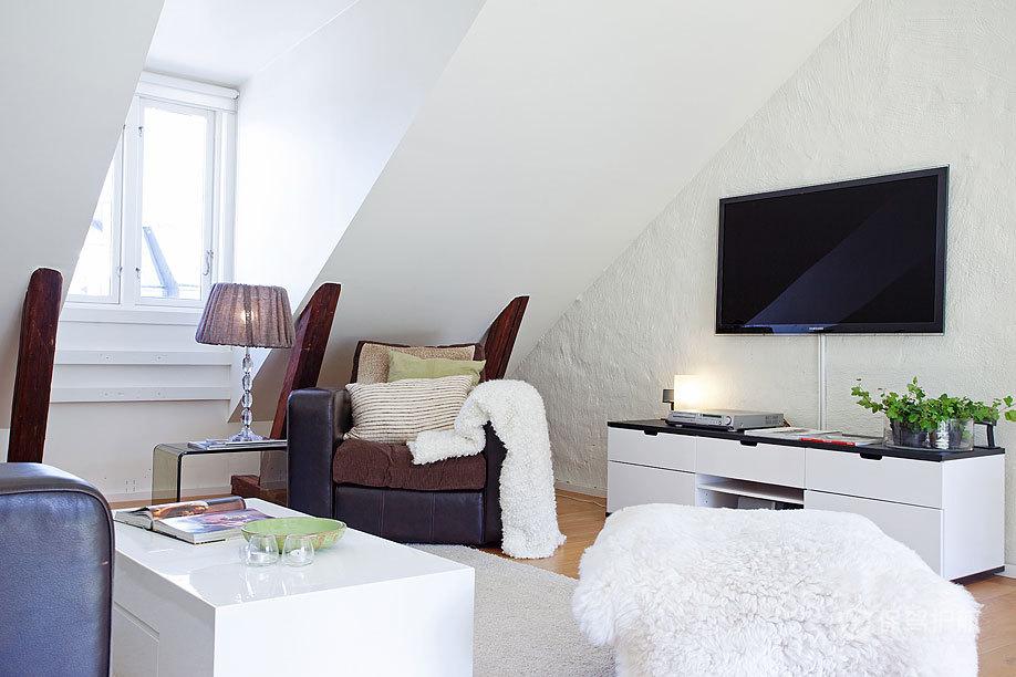 清新北欧二居室公寓客厅电视柜装修效果图