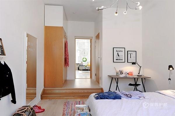 白色北欧风二居室卧室地板装修效果图