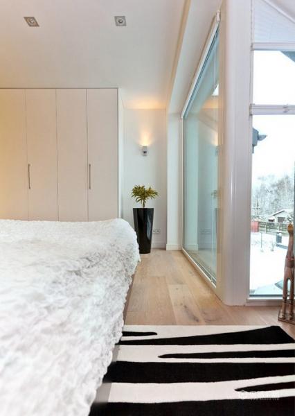 生机勃勃 色彩明亮跃层富裕装修 跃层装修,富裕型装修,简约风格,卧室,床,灯具,衣柜