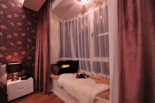 80平二居室简欧风卧室飘窗装修效果图…