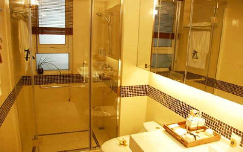 日式一居室简洁浴室装修效果图