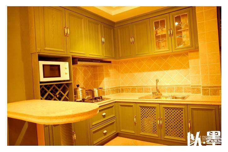 法式田园风格三室两厅10平米厨房橱柜软装效果图