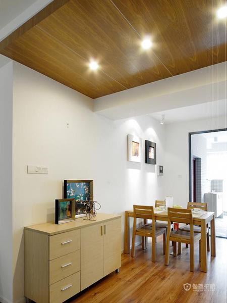 日式风格两室一厅30平米客厅门厅柜效果图