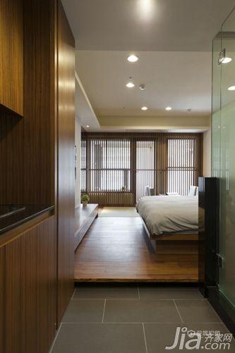 60平日式小户型一居室玄关原木装修效果图
