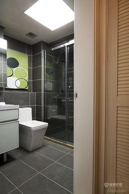 90平简约一居室卫生间瓷砖装修效果图