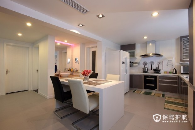 黑白简约客厅装 简约生活二居室 二居室装修,90平米装修,富裕型装修,简约风格,餐厅,餐桌,厨房,橱柜