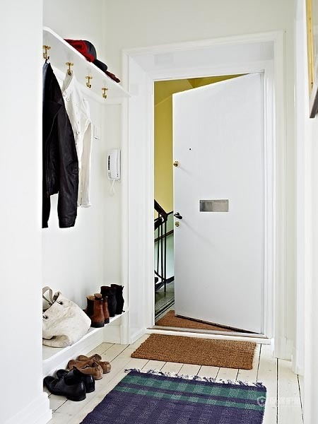60平简洁北欧家一居室玄关装修效果图