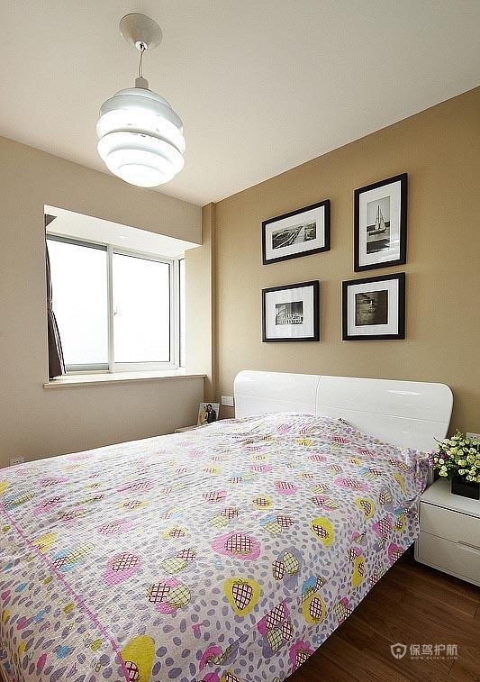 90平简约风二居室卧室床头背景墙装修效果图